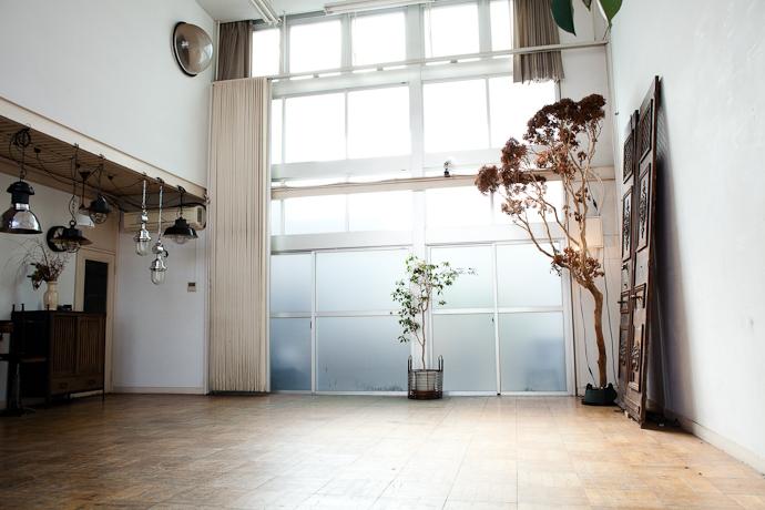 天井高、工房、アトリエ、関東都内の自然光スタジオ、世田谷、インダストリアル