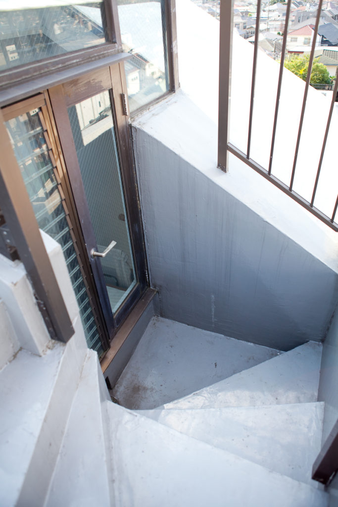 外階段、生活感、植物、マンションスタジオ、関東都内の自然光スタジオ、世田谷区、眺望良好、エグゼクティブ