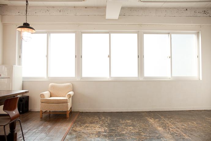 明るい、ブルックリン、関東都内の自然光スタジオ、世田谷区