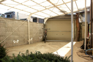 駐車場、和モダン、関東都内の古民家と自然光スタジオ