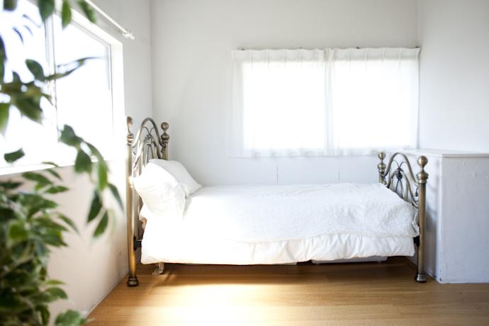 ベッド、関東都内の自然光スタジオ、世田谷区、二子玉川