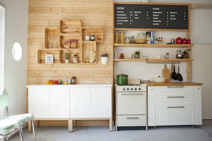 カフェと小物、インダストリアル、倉庫、工場、広い、関東都内の自然光スタジオ、世田谷区、二子玉川