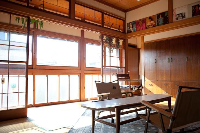 アウトドア、和モダン、関東都内の古民家と自然光スタジオ