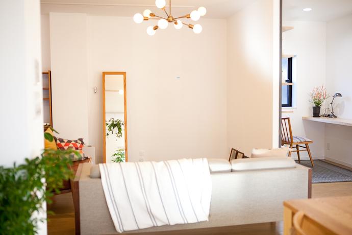 リビング、関東都内東京、自然光スタジオ、キッチン、アイランドキッチン、バルコニー、テラス